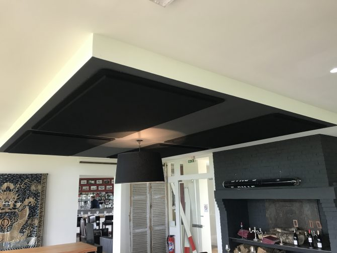 Dalles plafonds débordantes